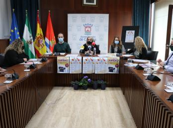 El Ayuntamiento de Cartaya presenta las actividades de la Campaña de Navidad.